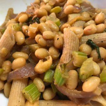 Pasta e fagioli: una ricetta, mille contaminazioni