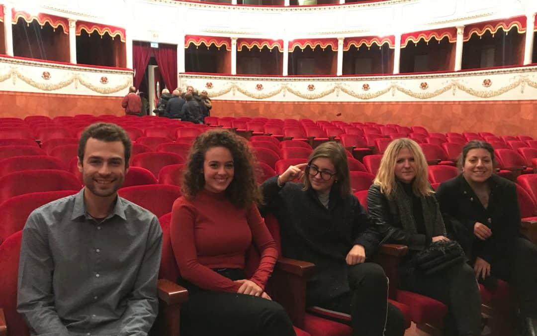 """4 SPETTATORI – """"Straight"""" al Teatro Petrarca di Arezzo"""